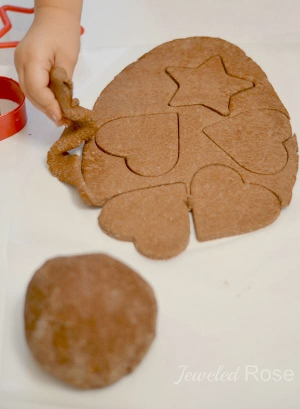 no cook cinnamon ornament clay recipe for Christmas