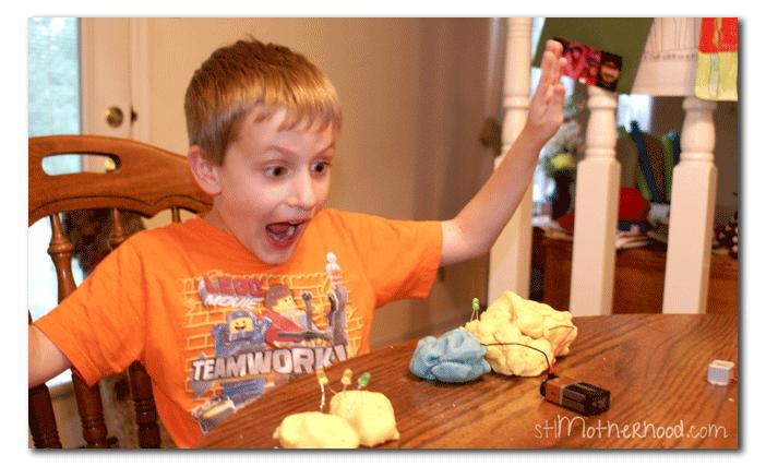 squishy circuits electric play dough