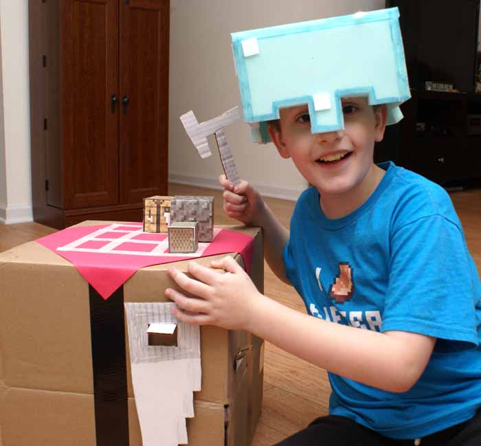 Make It Real: Minecraft Crafting Table DIY