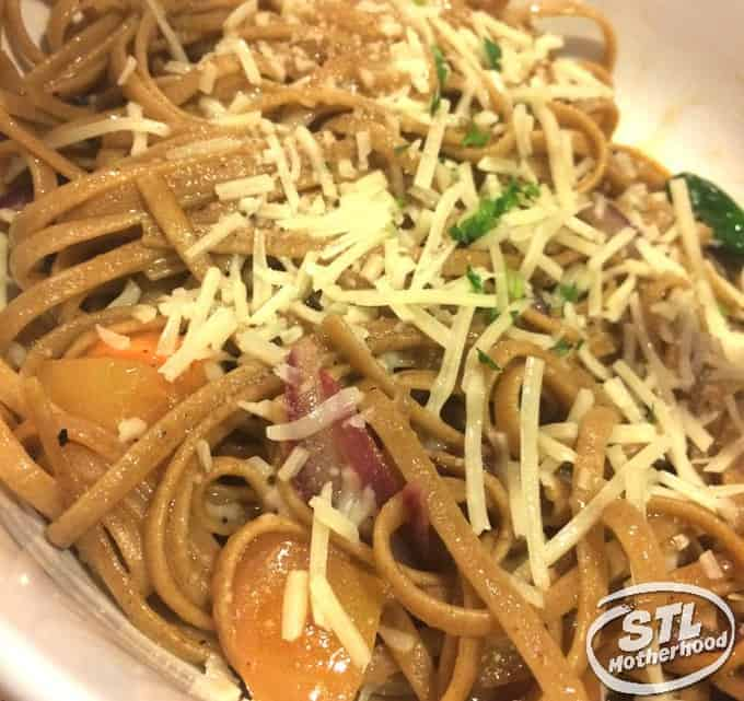 Noodles and Company for under 500 calories