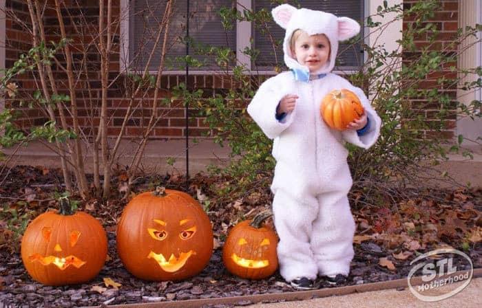 kid in halloween lamb costume