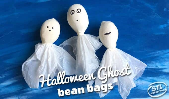Play Halloween bean bag toss games