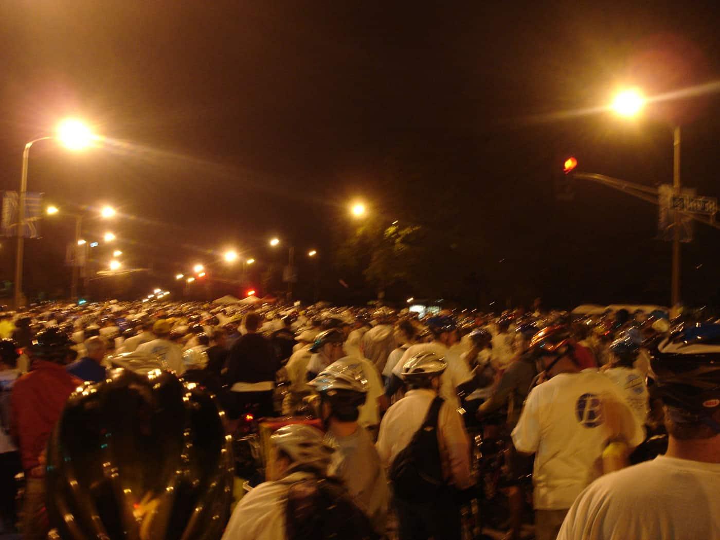 crowd at the Moonlight Ramble