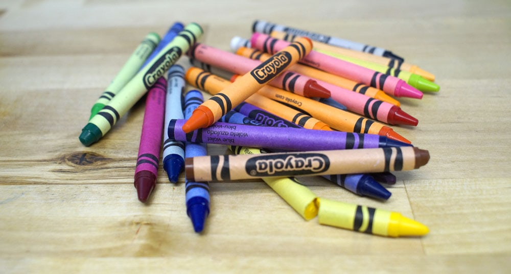 pile of assorted crayons