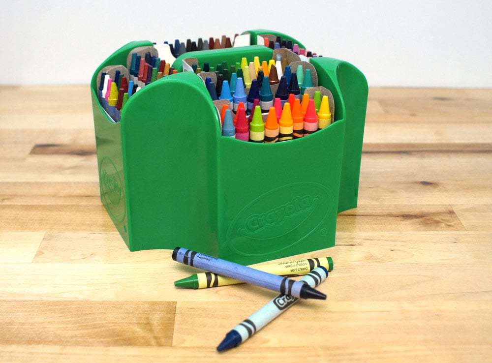 Crayola crayon caddy in green holds 152 crayons and a sharpener