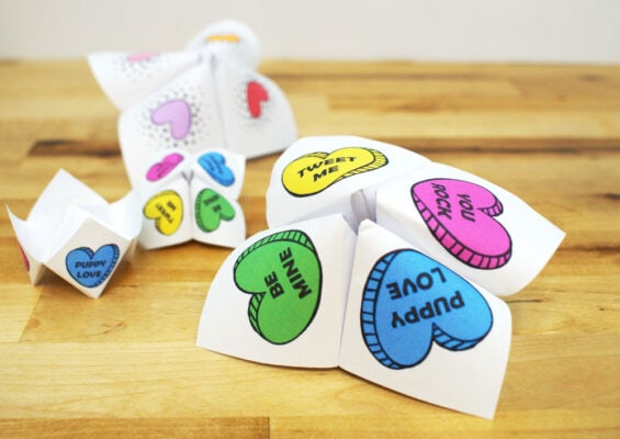 paper Valentine Day fortune tellers with hearts