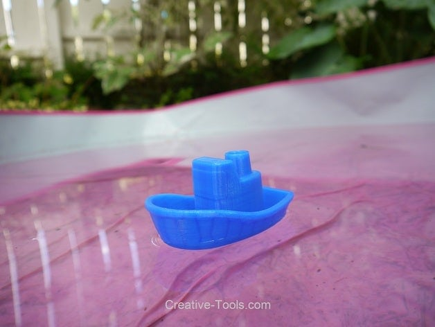 Toy Boat by CreativeTools
