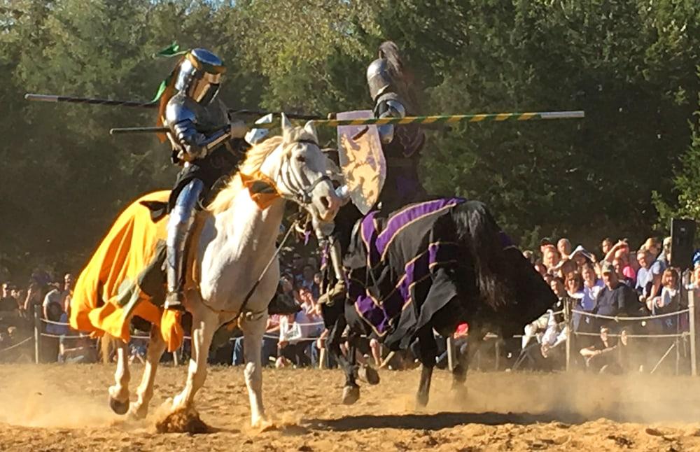 jousting at the st. louis ren fest
