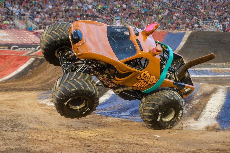 scooby doo monster truck